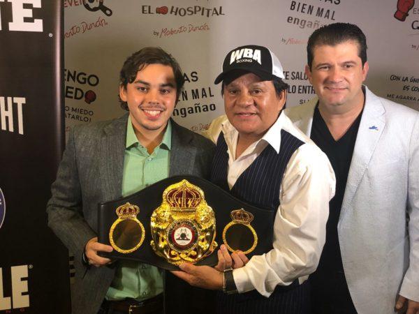 Roberto Duran Opens Stone Sport Café