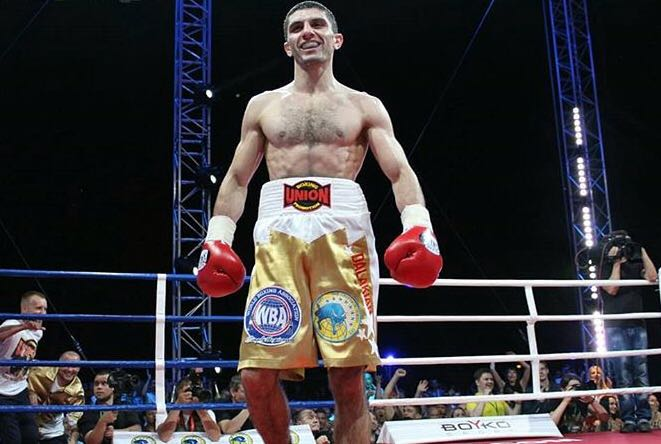 Dalakian Scores 8th Round TKO Over Thaiyen
