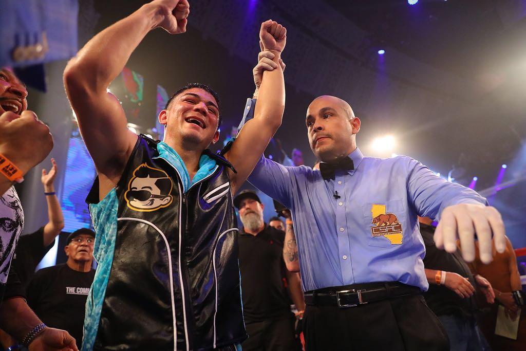 'JoJo' Díaz derrotó a Jesús Rojas en California