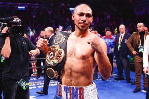 Thurman retains WBA title against a game Lopez