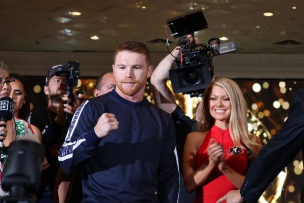 """Canelo"" Alvarez and ""Miracle Man"" Jacobs arrive in Las Vegas hungry for battle"