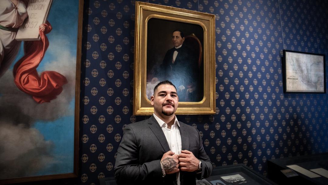 Andy Ruiz recibido como héroe en México