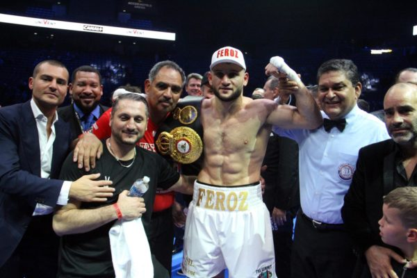 Goulamirian scores 4th round knockout to retain WBA Super Title