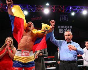 Barroso dominó a Ulysse Jr. y es el nuevo campeón Gold Súper Ligero AMB
