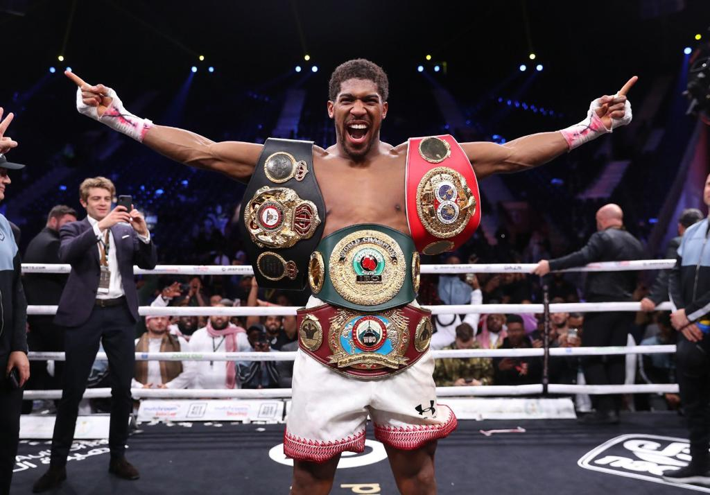 Anthony Joshua becomes two-time Heavyweight Champion