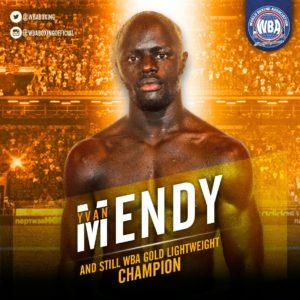 Mendy knocks out Parra to capture the WBA Lightweight Gold Belt