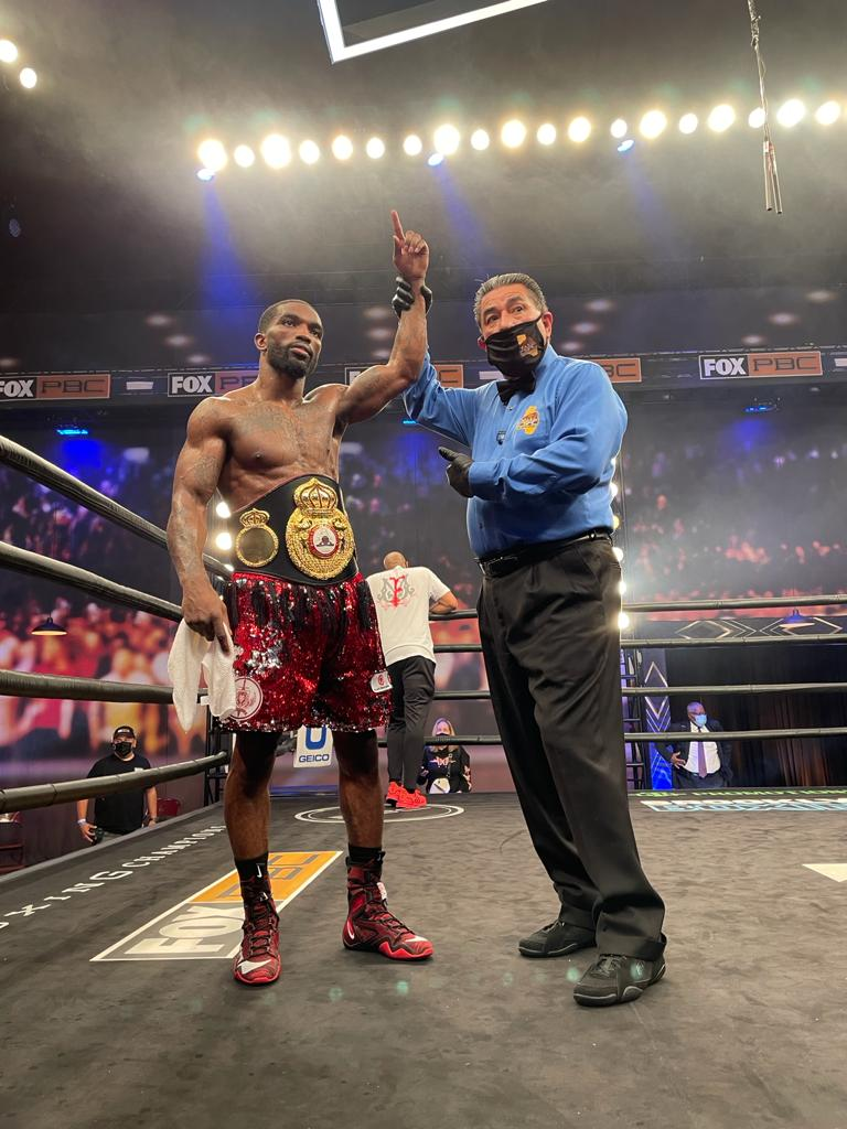 Martin knocked out Perez in Los Angeles