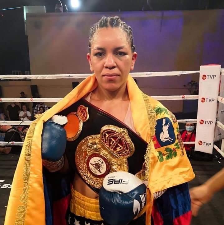 La Ley se impuso en México: Eva Guzman es la nueva campeona interina mosca de la WBA